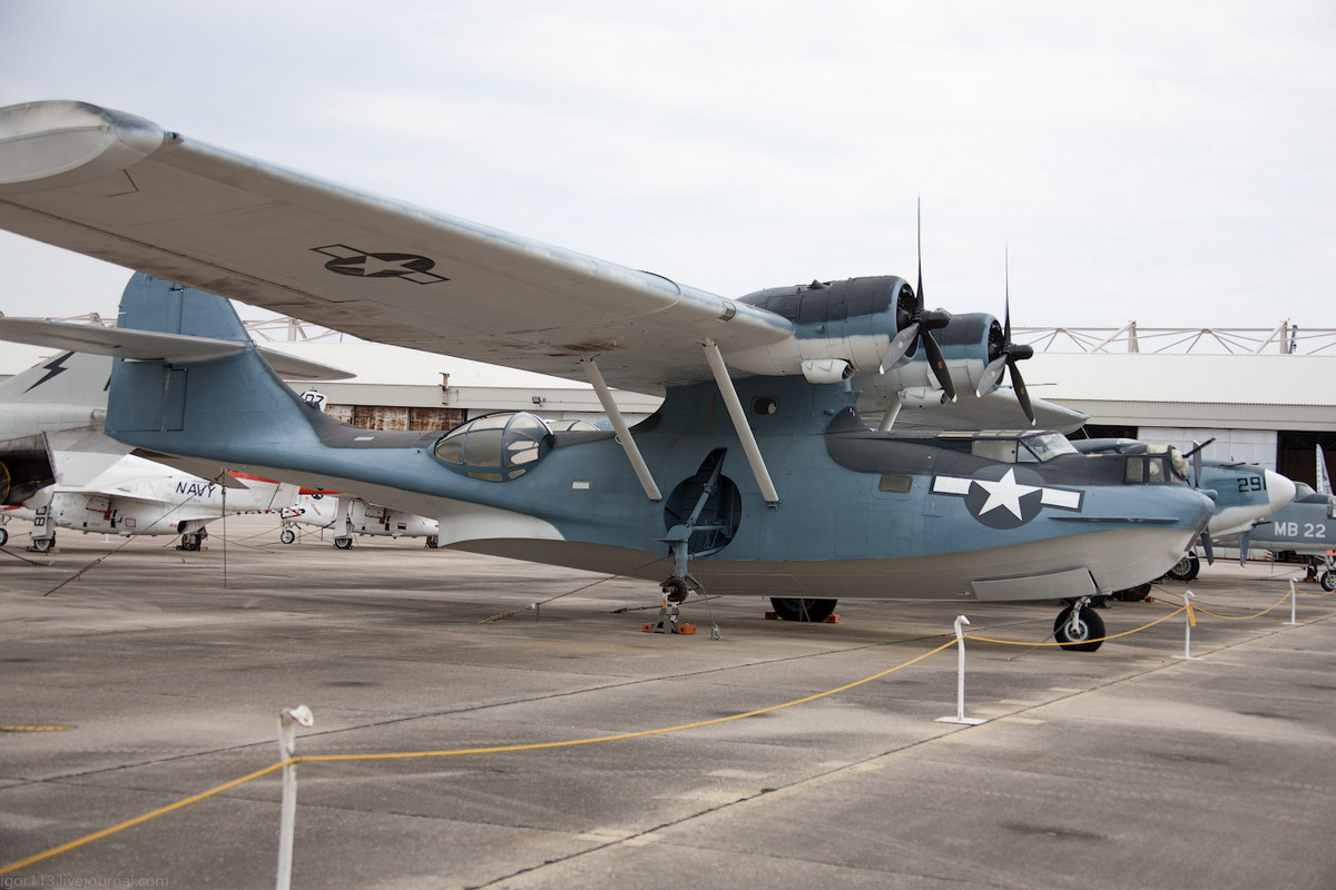 Image gallery pby 5 catalina for The catalina